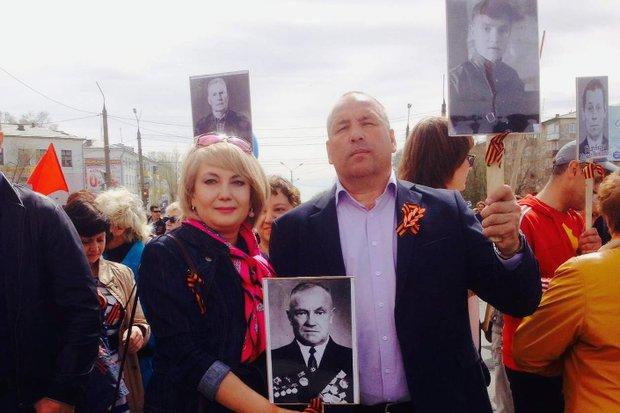 Анна с мужем на параде Победы