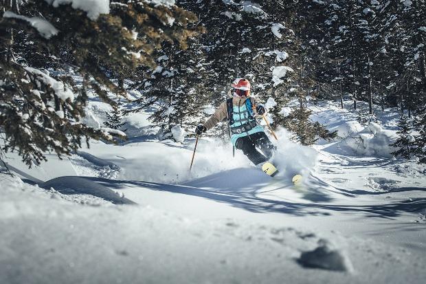 Сцены с лыжами и снегоходом снимали на Мамае