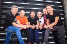 Вечеринка с группой «Эстрада» в «Винкель Клабе»