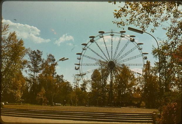 Колесо на территории ЦПКиО, 1986 год. Фото из открытых источников