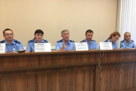 На пресс-конференции. Фото IRK.ru