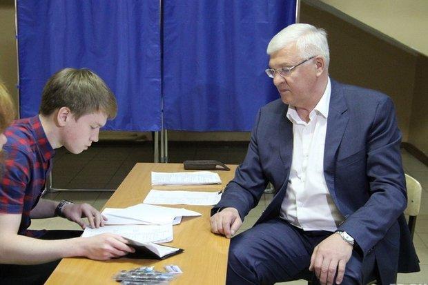Сергей Брилка на праймериз. Фото er.ru