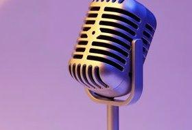 Живой вокал в гриль-баре «Рокс»