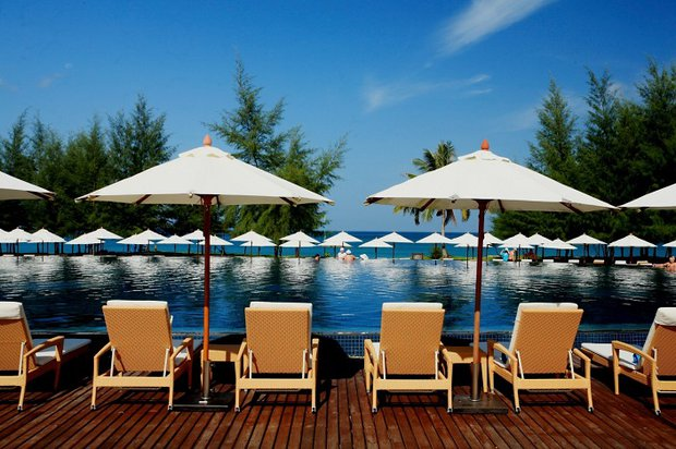 Grand West Sands Resort & Villas 5*