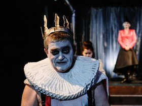 Спектакль «Король умирает»