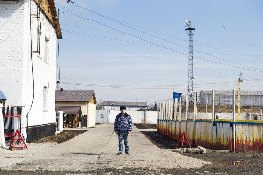 На территории ИК-15. Автор фото - Валерия Алтарёва