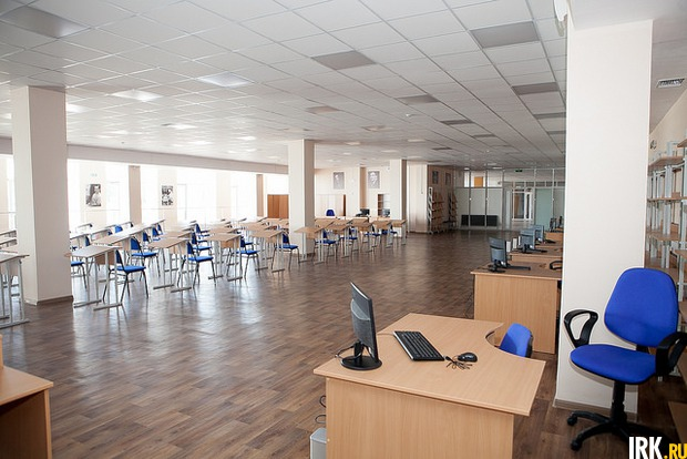 Все места в читальном зале подключены к интернету