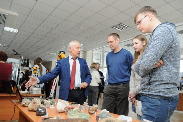 Профессор ИГУ Алексей Корольков рассказывает о науке геологии