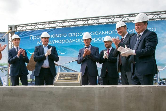 Закладка первого камня в основание нового терминала аэропорта Иркутска