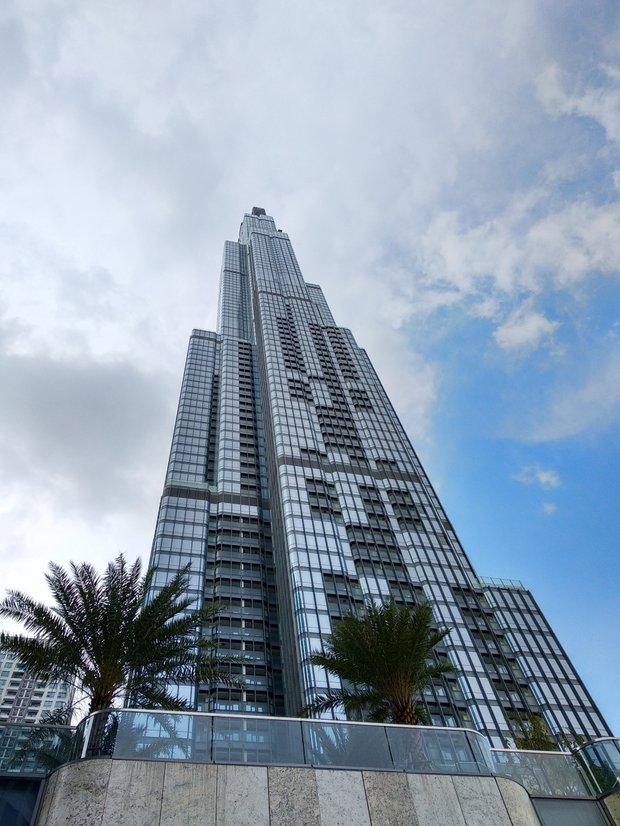 Строительство башни высотой 461 метр началось в 2014 году и завершается в 2018-м