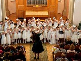 Концерт образцовой хоровой студии «Ангара»