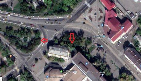 Стрелками отмечены предполагаемые места сквера и перехода. Скриншот с Google.maps