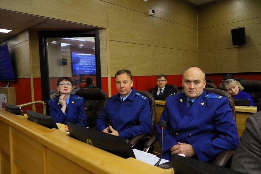 Представители областной прокуратуры