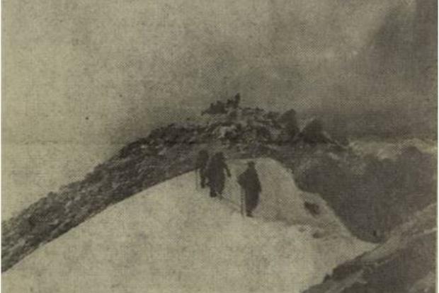 Восхождение на пик Мунку-Сардык