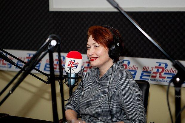 Лариса Сулейманова