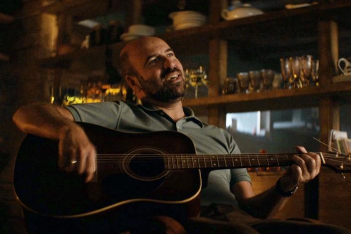 Кадр из фильма «Громкая связь». Фото с сайта www.kinopoisk.ru
