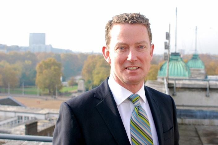 Грегори Баркер. Фото с сайта gov.uk