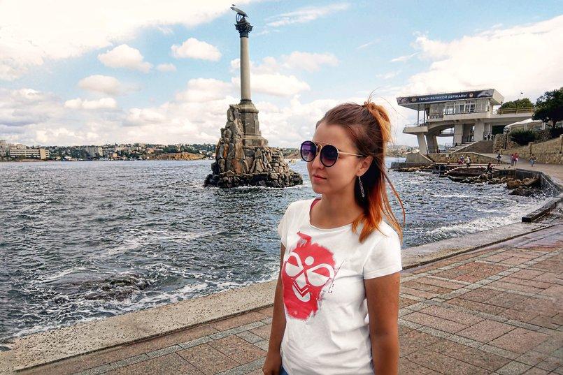 Севастополь у памятника затонувшим кораблям