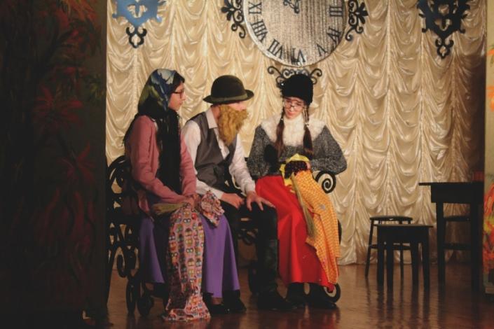 Театральная студия Лицея № 36 Иркутска. Фото с сайта www.dramteatr.ru