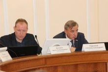 Депутаты думы АГО. Артем Детышев и Александр Городской. Фото пресс-службы думы