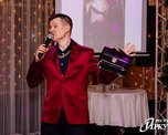 Новогодний корпоратив 2018 «Назад в 90ые» Ведущий Роман Берсенёв