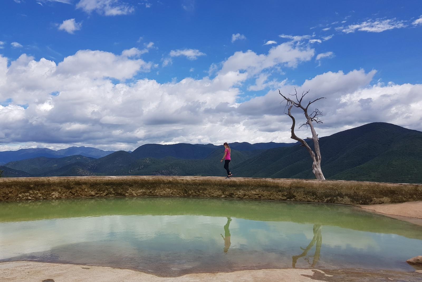 Природный бассейн у водопада Агуа Азуль, Мексика
