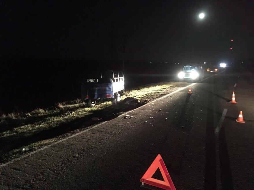 25-летний водитель трицикла не справился с управлением, съехал в кювет и перевернулся