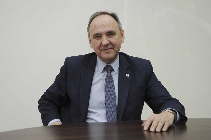 Игорь Бычков. Фото с сайта isu.ru