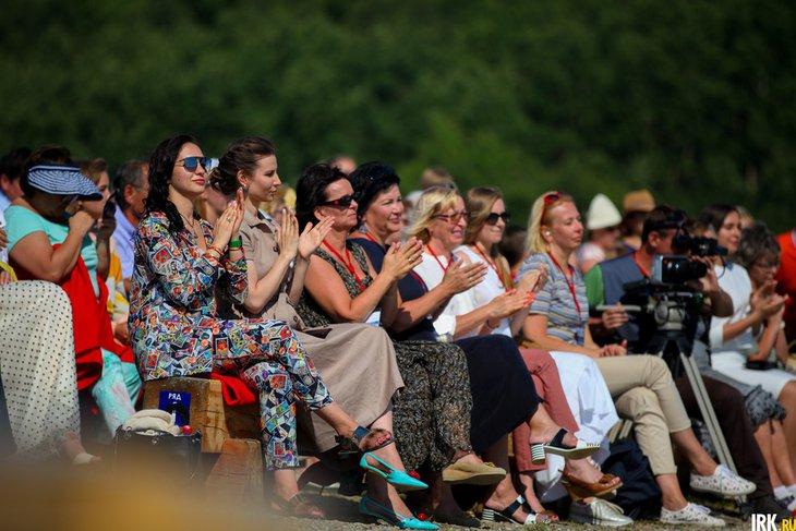 Слушатели на концерте в «Тальцах». Автор фото — Анастасия Влади