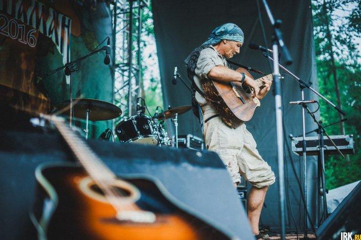 Участник фестиваля «Байкал-Шаман». Автор фото — Геннадий Кноп
