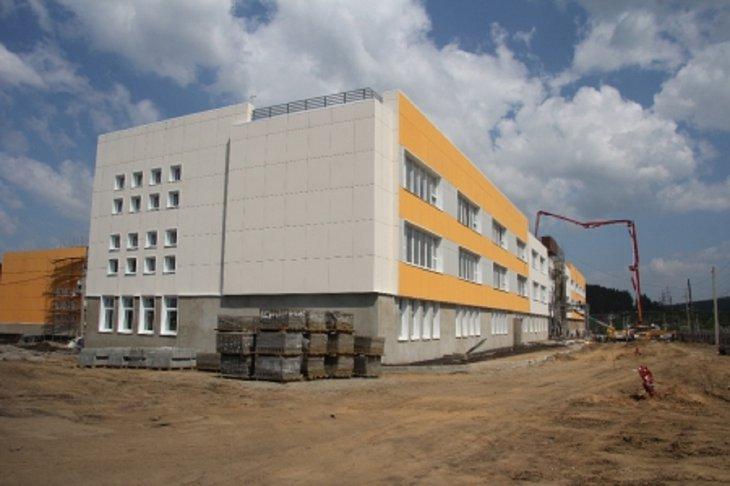 Школа в микрорайоне Лесной. Фото пресс-службы администрации Иркутска