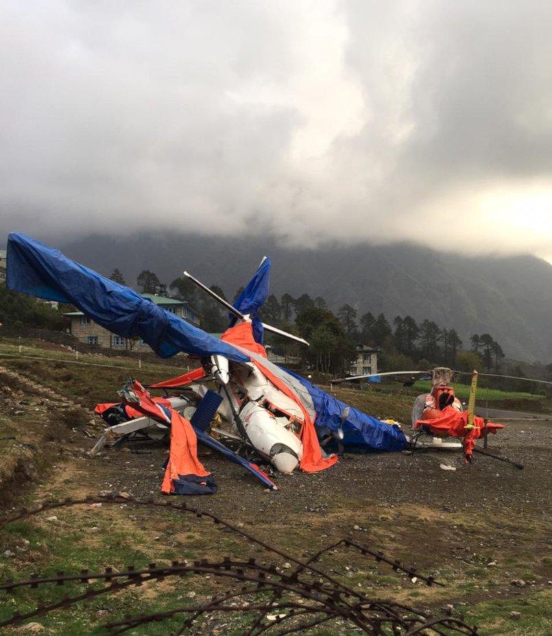 Авиакатастрофа в аэропорту Лукла — произошла за три дня до прилета Александра. Самолет и вертолет столкнулись в воздухе.