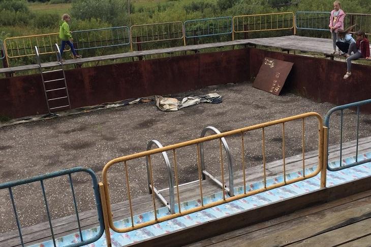 Бассейн в лагере «Лесная сказка». Фото Марины Ивановой