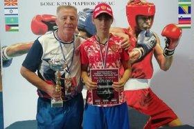 Алёна Тремасова и тренер Василий Ейников. Фото пресс-службы минспорта Иркутской области