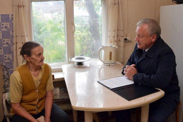 Лидия Соловьева и Сергей Серебренников. Фото пресс-службы администрации Братска
