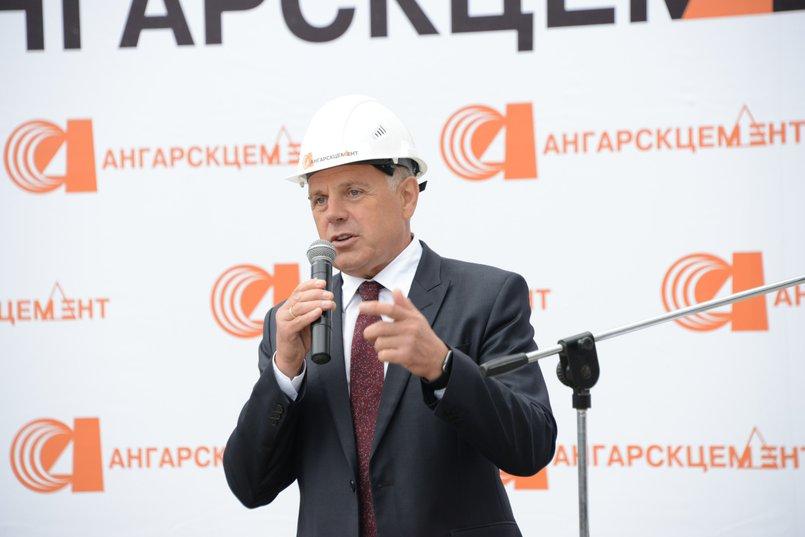 Мэр Ангарского городского округа Сергей Петров