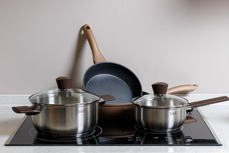 Обратитевнимание на материал сковороды при покупке