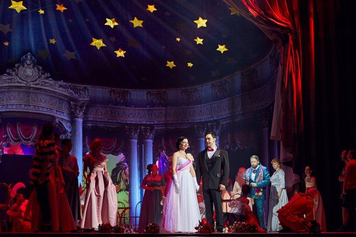 Сцена из спектакля «Принцесса цирка»