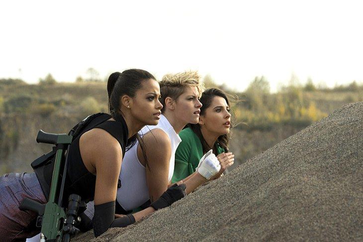 Эпоха победившего феминизма способна породить только одних «Ангелов Чарли» – «прогрессивных», высокомерных, эмансипированных. Фото с сайта www.youtube.com