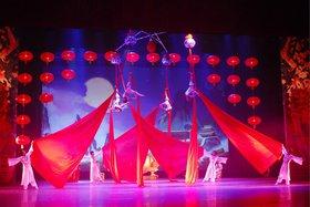 Китайское акробатическо-цирковое шоу «Щелкунчик». Фото с сайта ekb.kassy.ru
