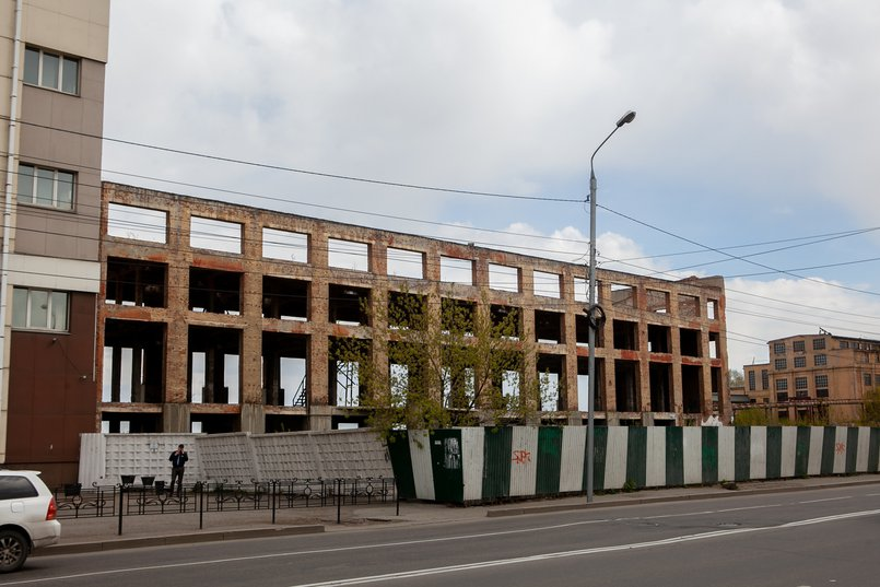 Бывшее здание чаеразвесочной фабрики. Сейчас строение снесено