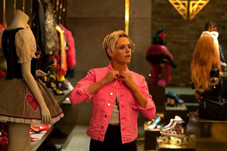 Сабина, персонаж той же Стюарт, — это и вовсе открытая лесбиянка. Фото с сайта www.kinopoisk.ru