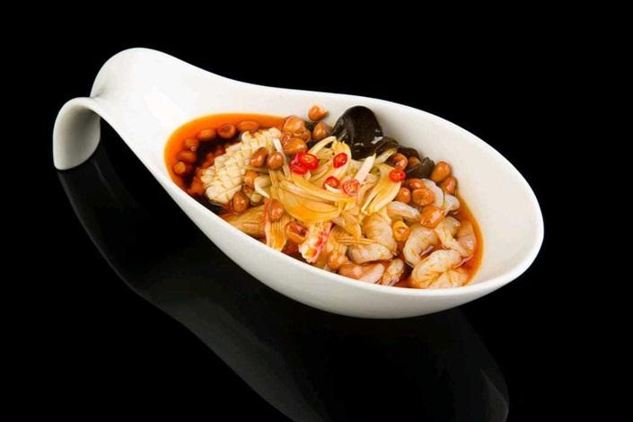 Салат морской в кисло-остром соусе