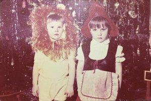 1988 год. Детсадовские друзья Красная шапочка и Лев