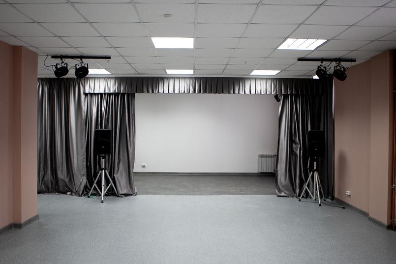Сцена театральной студии