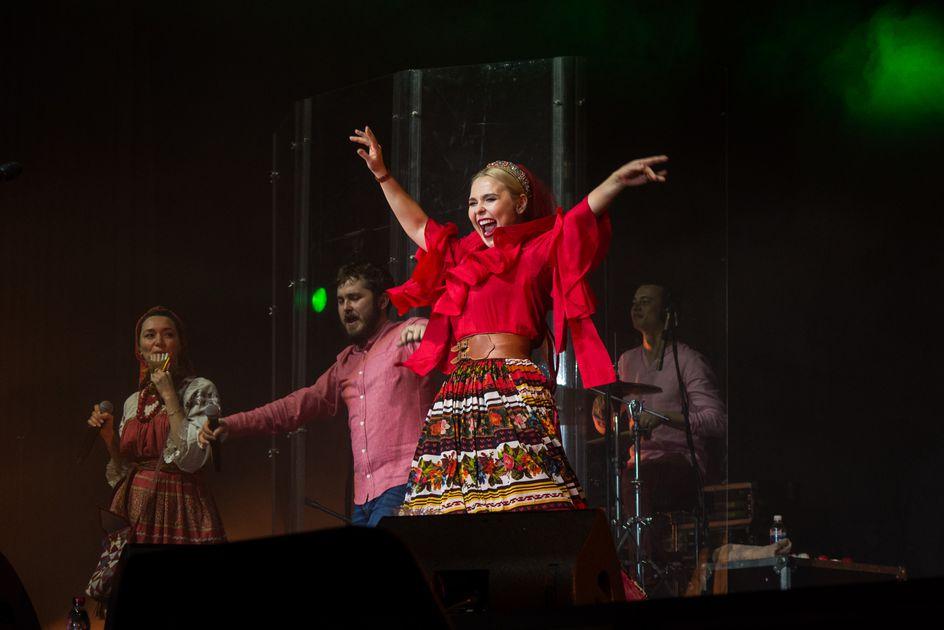 Певица Пелагея покорила иркутян на концерте в «Труде»