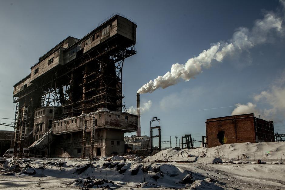 Брошенные объекты на промплощадке Усольехимпрома, февраль. Фото — Анастасия Влади