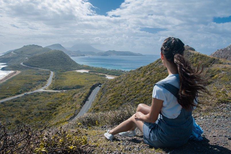 Во время путешествия по островам Сент Китс и Невис. Timothy Hill – точка, откуда можно увидеть и Карибское море и Атлантический океан