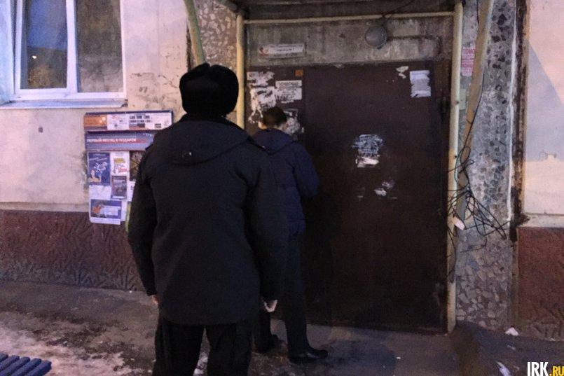 На улице Постышева должника не застали, в квартире проживают другие люди