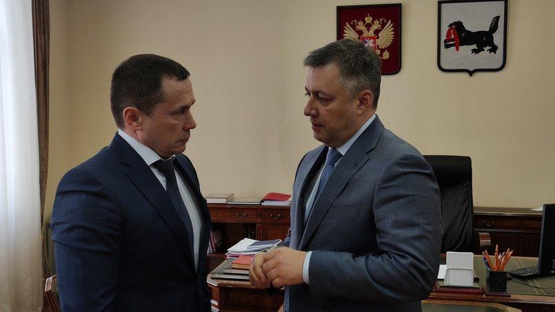 Мэр Иркутска Дмитрий Бердников на встрече с врио губернатора Игорем Кобзевым